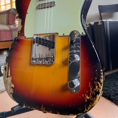 Fender Custom Shop - 2019 - '63 Telecaster - Heavy Relic - Light Weight - 3 Tone Sunburst for sale