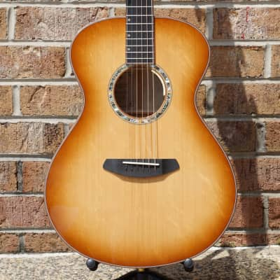 Breedlove Masterclass Custom Concert 2018 Bearclaw Sitka Myrtlewood Lefty