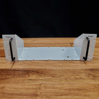 Victory Compact Series Rack Mount - Gloss White