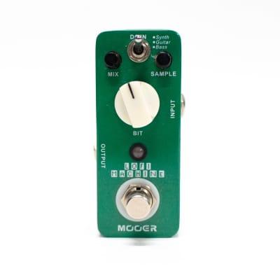 Mooer LoFi Machine Sample Reducing Guitar Effect Pedal