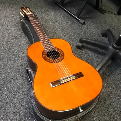 Estrada CL-4 Classical acoustic guitar 1970s made in Japan in very good condition for sale