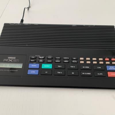 Yamaha RX21 Digital Rythm Programmer / Drum Machine / Drum Computer | MIDI | 1980s | Black