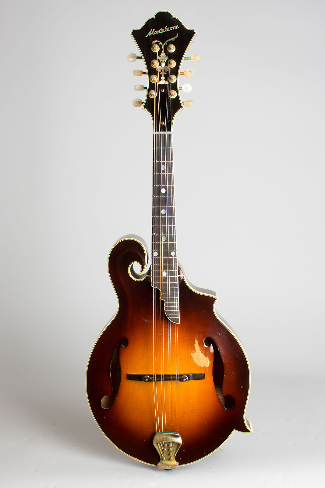 Monteleone  Grand Artist Carved Top Mandolin (1982), ser. #76, original black hard shell case.