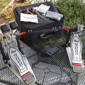 DW DWCP9002PBL 9000 Series Lefty Double Bass Drum Pedal w/ Bag