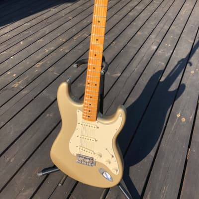 Fender Classic Player 50s Stratocaster Shoreline Gold  2007  + Bare knucle pickups Slowhands for sale