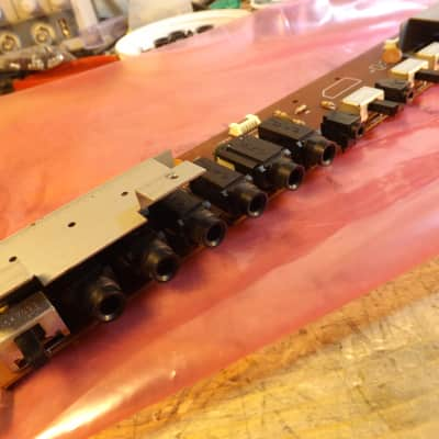 Korg DW 6000  / KLM-658 Jack board (in working order.)