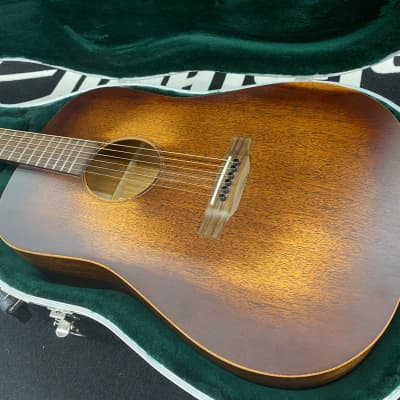 Martin D-15M StreetMaster Left Handed Acoustic Guitar with Hard Case 2020 Mahogany Burst