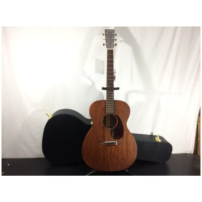 Martin 000-15M Solid Mahogany Acoustic Guitar with Case