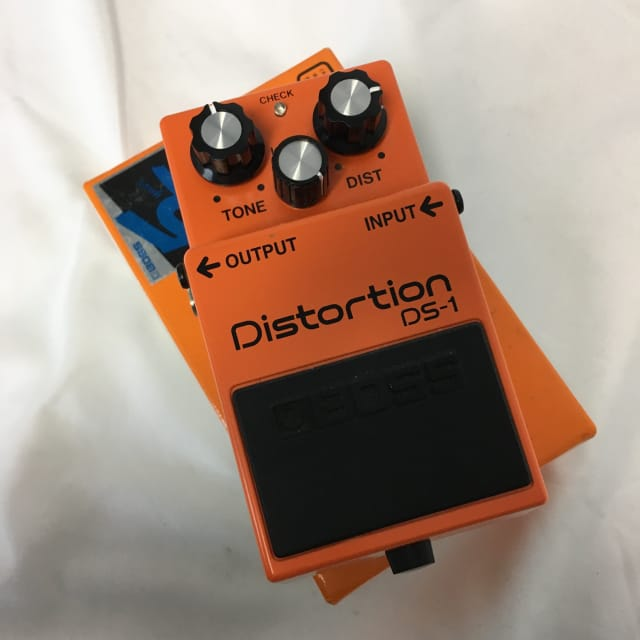 Boss DS-1 Distortion Effects Pedal image