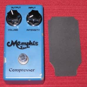 used vintage MEMPHIS Compressor ME-24, + non original foam piece for bottom plate, RARE for sale