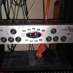 Behringer Bass V-AMP Pro Rackmount Amp Modeler and Multi-Effect