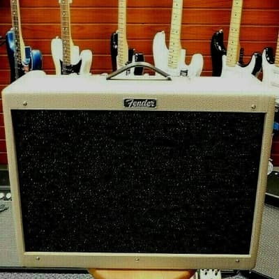 Fender Limited Edition FSR Hot Rod Deluxe IV 1x12 Tube Combo! MINT!