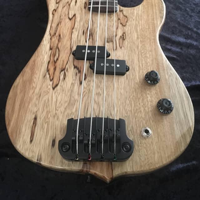 "Black Diamond USA ""Kane"" Bass hand-Crafted Korina Custom Shop w/case image"