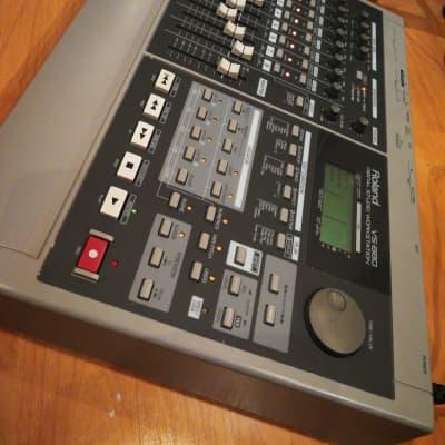 Roland  Vs 880 Digital Studio Workstation