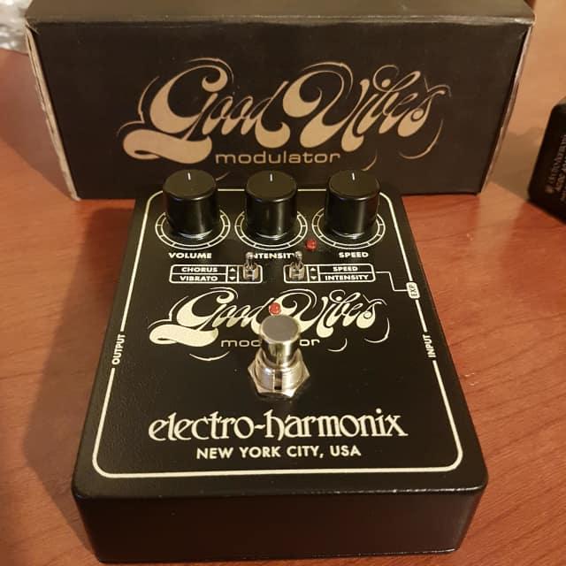 Electro-Harmonix Good Vibes Modulator image
