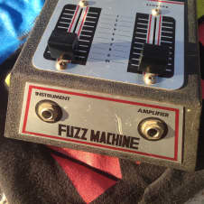 Antoria,ibanez,mica,bruno? Fuzz machine 1970?