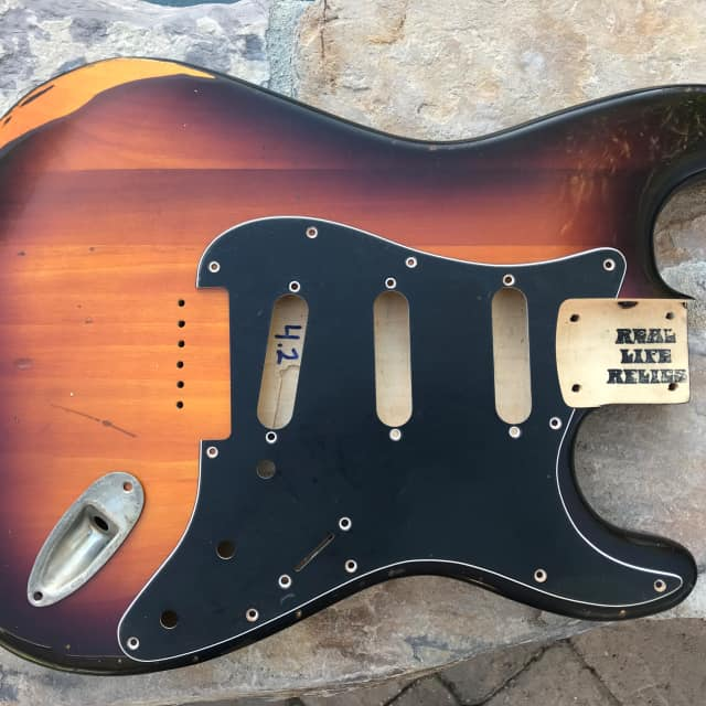 Real Life Relics Strat Stratocaster Body 3 Tone Sunburst Relic Hardtail image