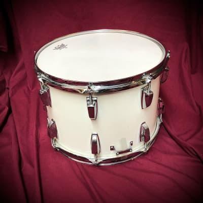 RARE Ludwig Field Snare (White)