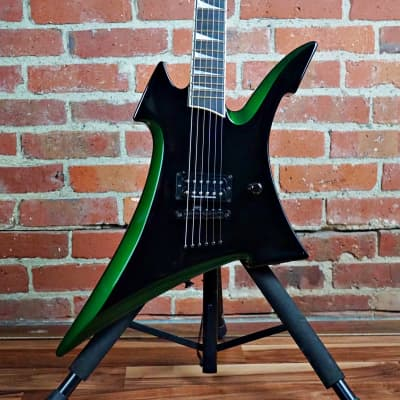 (Video Demo) Jackson USA Custom Shop Pablo Masterbuilt Extreme Shape 2007 Black W Green Bevels