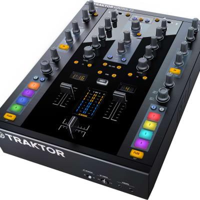 TRAKTOR KONTROL Z2 - 2+2 Channels Control Mixer