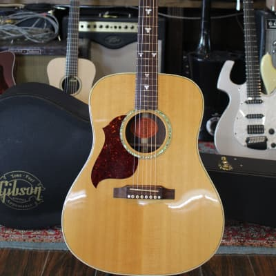 Gibson USA Songbird Deluxe Left Hand 1999 Natural First Year Acoustic/Electric