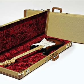Fender G&G Deluxe Strat/Tele Hardshell Case, Tweed with Red Poodle Plush Interior 2016
