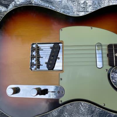 Fender Custom Shop Telecaster  2007 3 Color Sunburst.