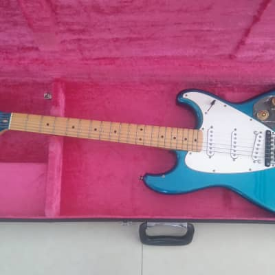 Roland Gr300 guitar synth and g505 guitar 1981  Blue for sale