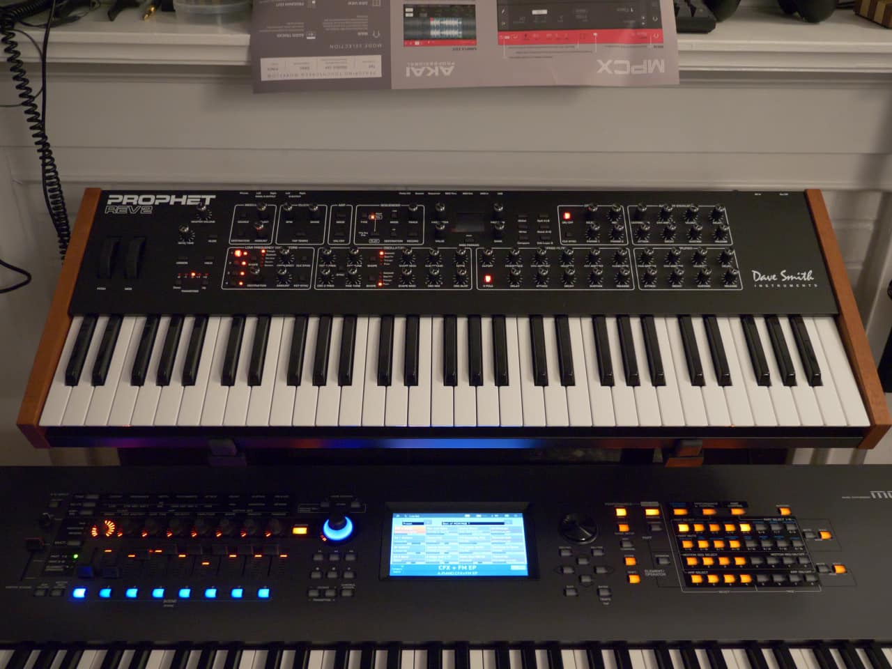 dave smith instruments prophet rev 2 16 voice synth also reverb. Black Bedroom Furniture Sets. Home Design Ideas