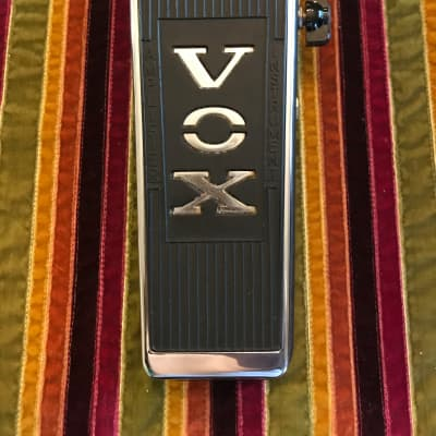 Vox V847 shell with Roger Mayer full Wah kit red lion 9090A L@@K Silver/Black, Watch demo!