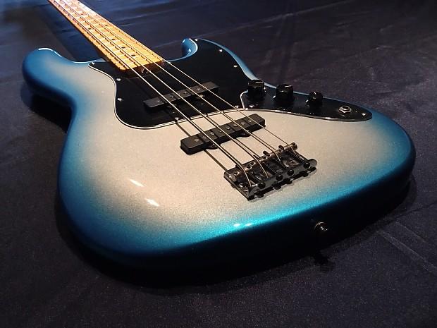 Fender American Standard Jazz Bass Maple Fingerboard