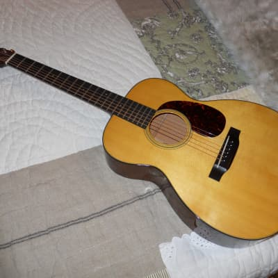 Martin 00-18V Natural 2016 with Fishman pick-up for sale