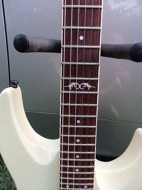 G   Yamaha Guitar Screw