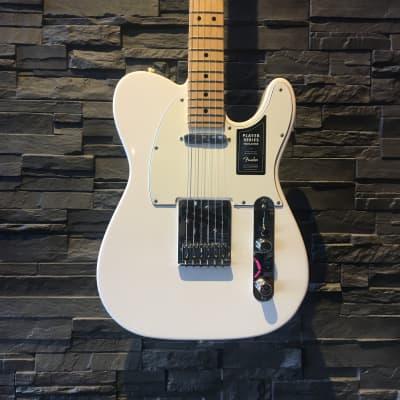 Fender Player Telecaster, Maple Fingerboard, Polar White
