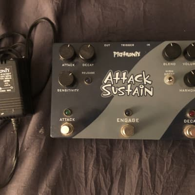Pigtronix Attack-Sustain  Blue-Gray