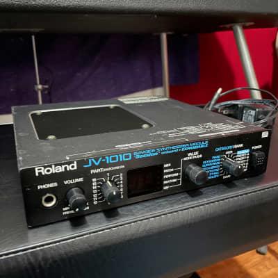 Roland JV-1010 64-Voice Synthesizer Module