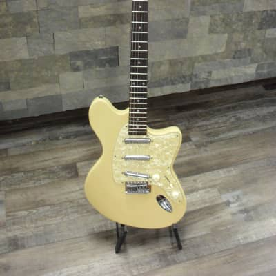 JB Player  Artist JBA-700 Cream for sale