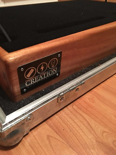 Creation Pedalboard with lift-off Road Case