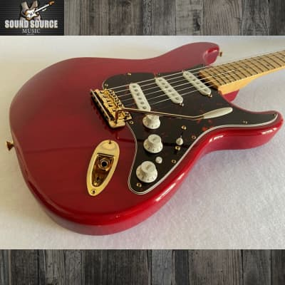 Fender Deluxe Players Stratocaster 2001 Transparent Red for sale