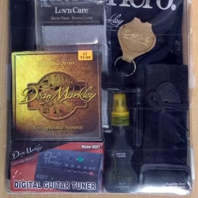 Dean Markley Acoustic Gift Bundle LT 11-46