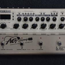Yamaha AG Stomp Acoustic Guitar Pre-Amp