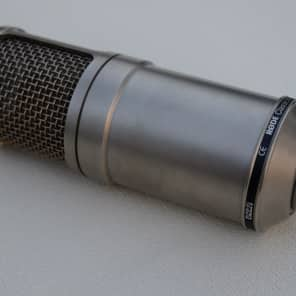 RODE Classic II Large Diaphragm Multipattern Tube Condenser Microphone