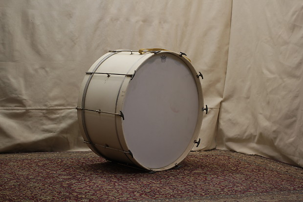 """MARCHING BASS DRUM 26/""""x12/"""""""