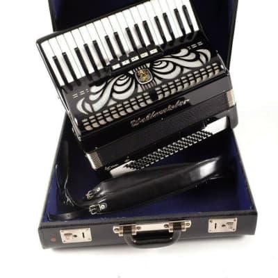 TOP German Made LMM Accordion Weltmeister Caprice 80 bass, 8 registers + Original Hard Case & Straps