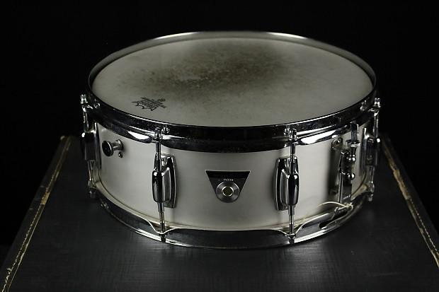 ludwig standard snare drum kit w case stand reverb. Black Bedroom Furniture Sets. Home Design Ideas