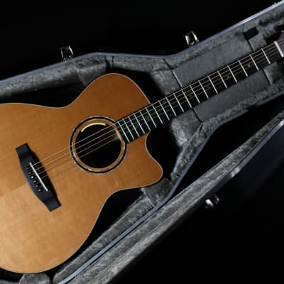 Lakewood  M-32 Edition 2018 | Grand Concert Model with cutaway and pickup system for sale