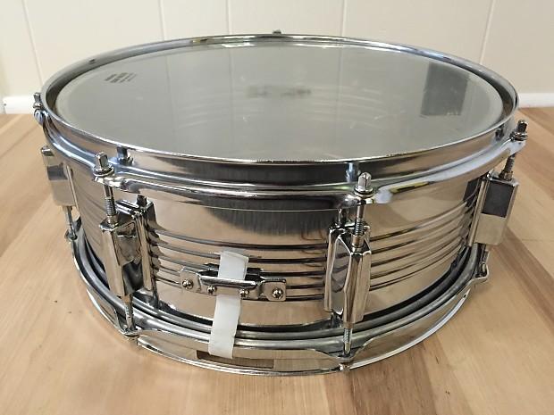 vintage royce 14 chrome metal snare drum rare good reverb. Black Bedroom Furniture Sets. Home Design Ideas