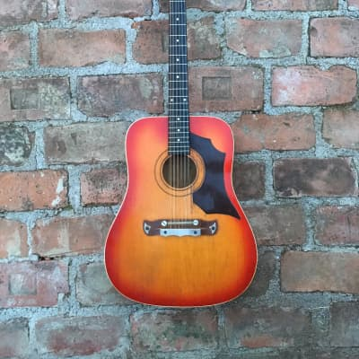 Klira 12 string Jumbo Acoustic Guitar Sunburst for sale