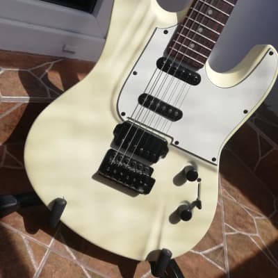 Lodestone  Electric Pro S white el. guitar for sale