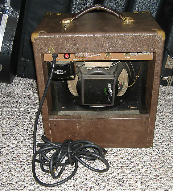 acoustic model 105 guitar amp world wide shipping reverb. Black Bedroom Furniture Sets. Home Design Ideas